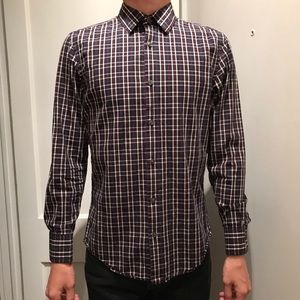 BANANA REPUBLIC navy plaid button up shirt